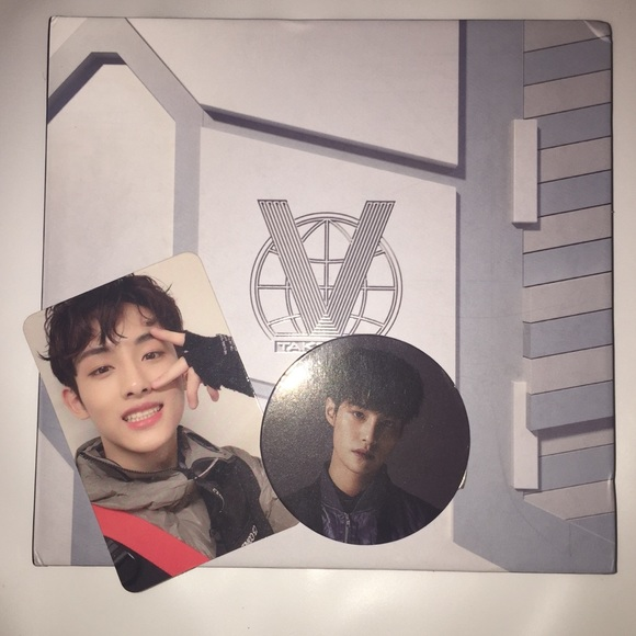 OFFICIAL WAYV FIRST MINI ALBUM TAKE OFF